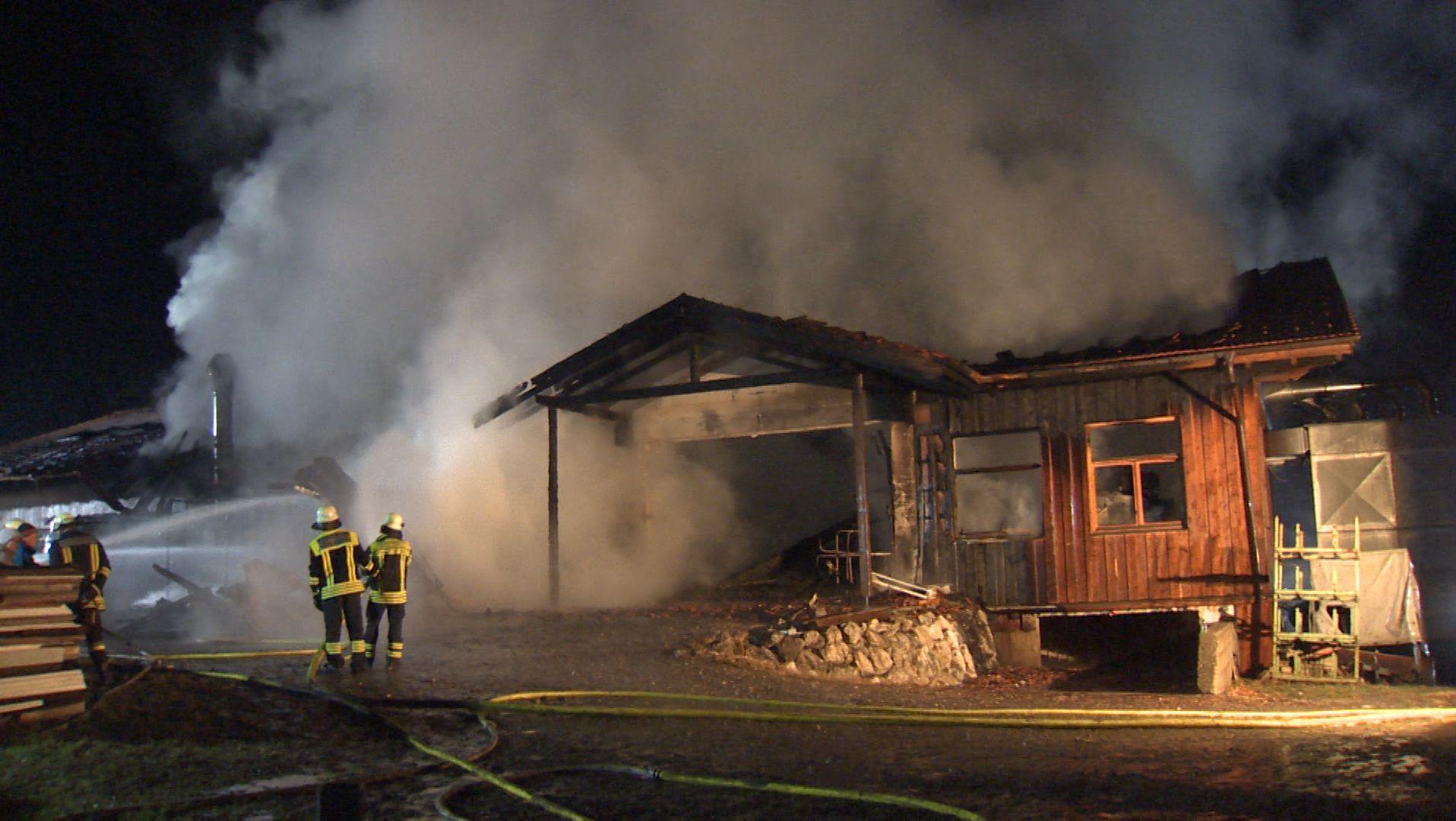 Brand einer Schreinerei in Riedering.