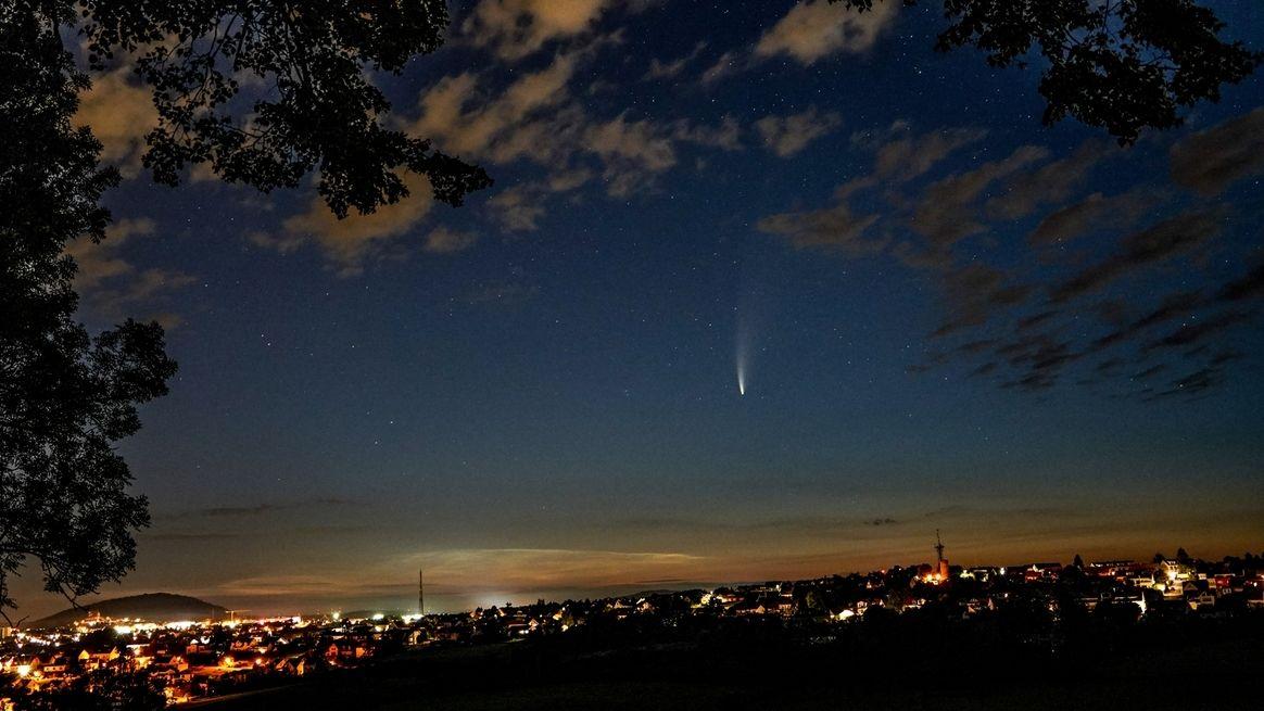 Komet Neowise im Juli 2020