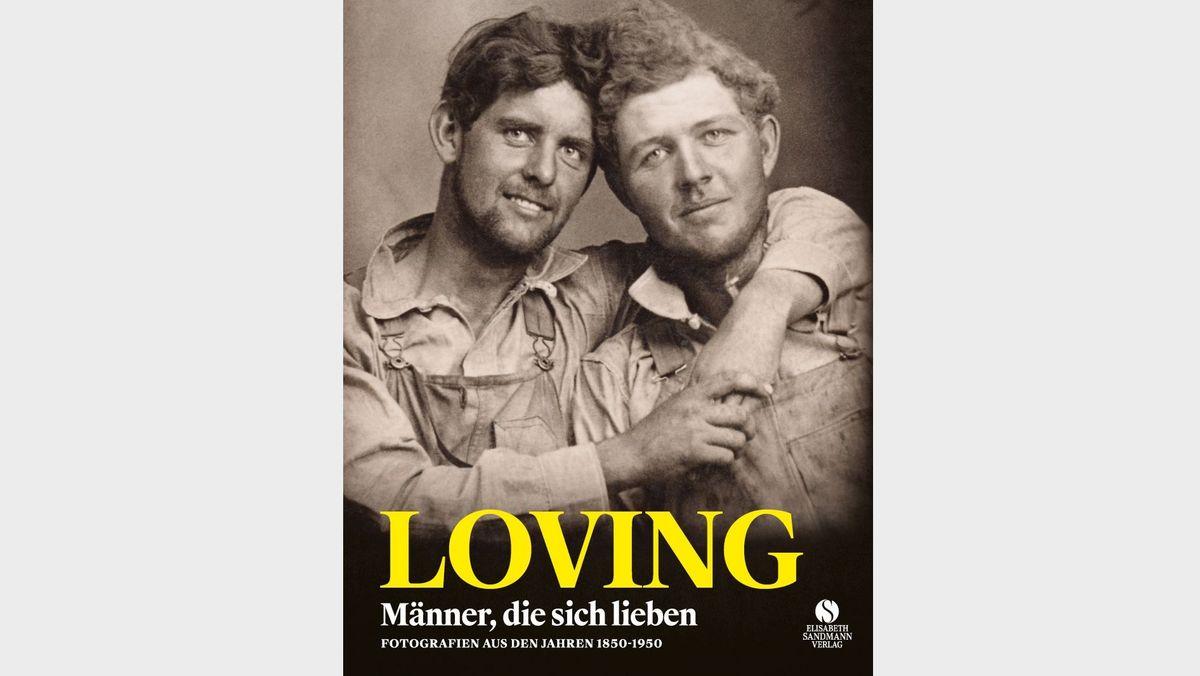 Zwei Männer umarmen sich auf dem Titel