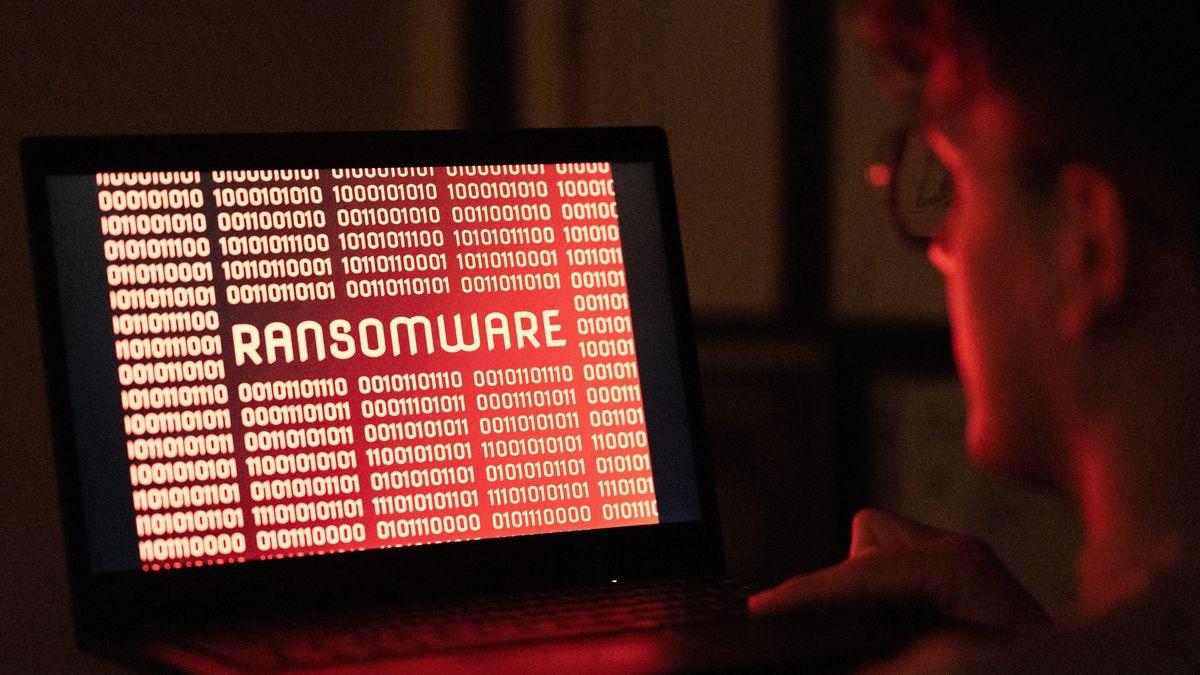 Symbolbild: gehackter PC mit einer entsprechend programmierten Ransomware.
