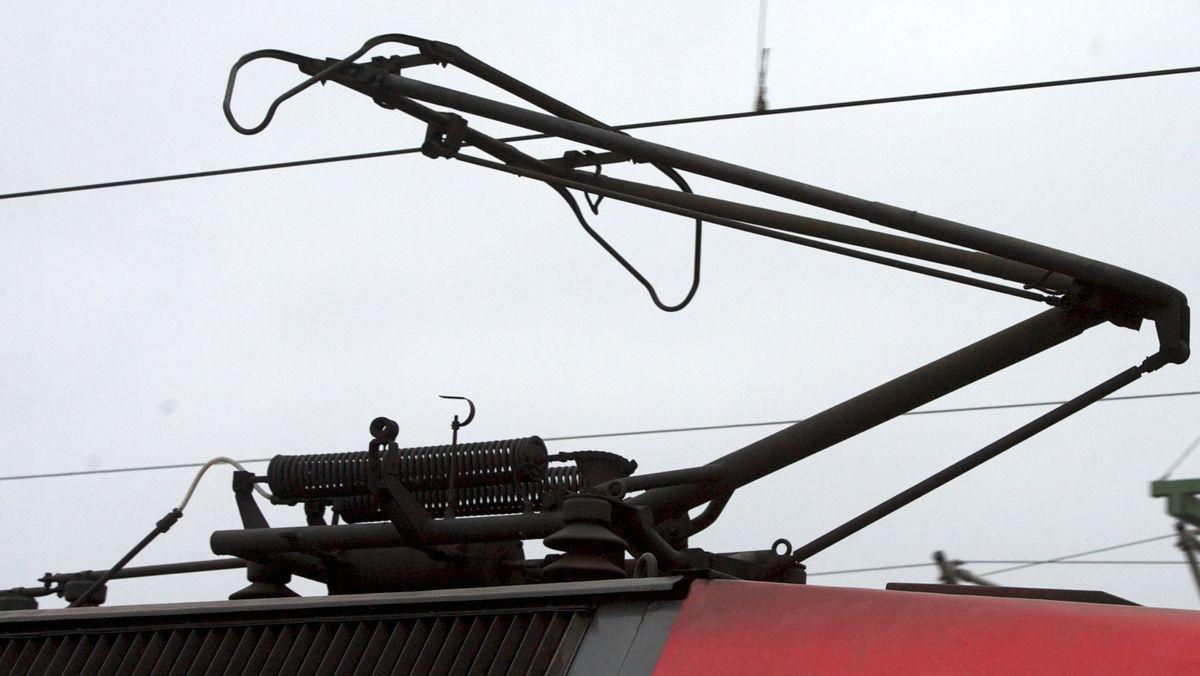 Stromabnehmer einer Elektrolok