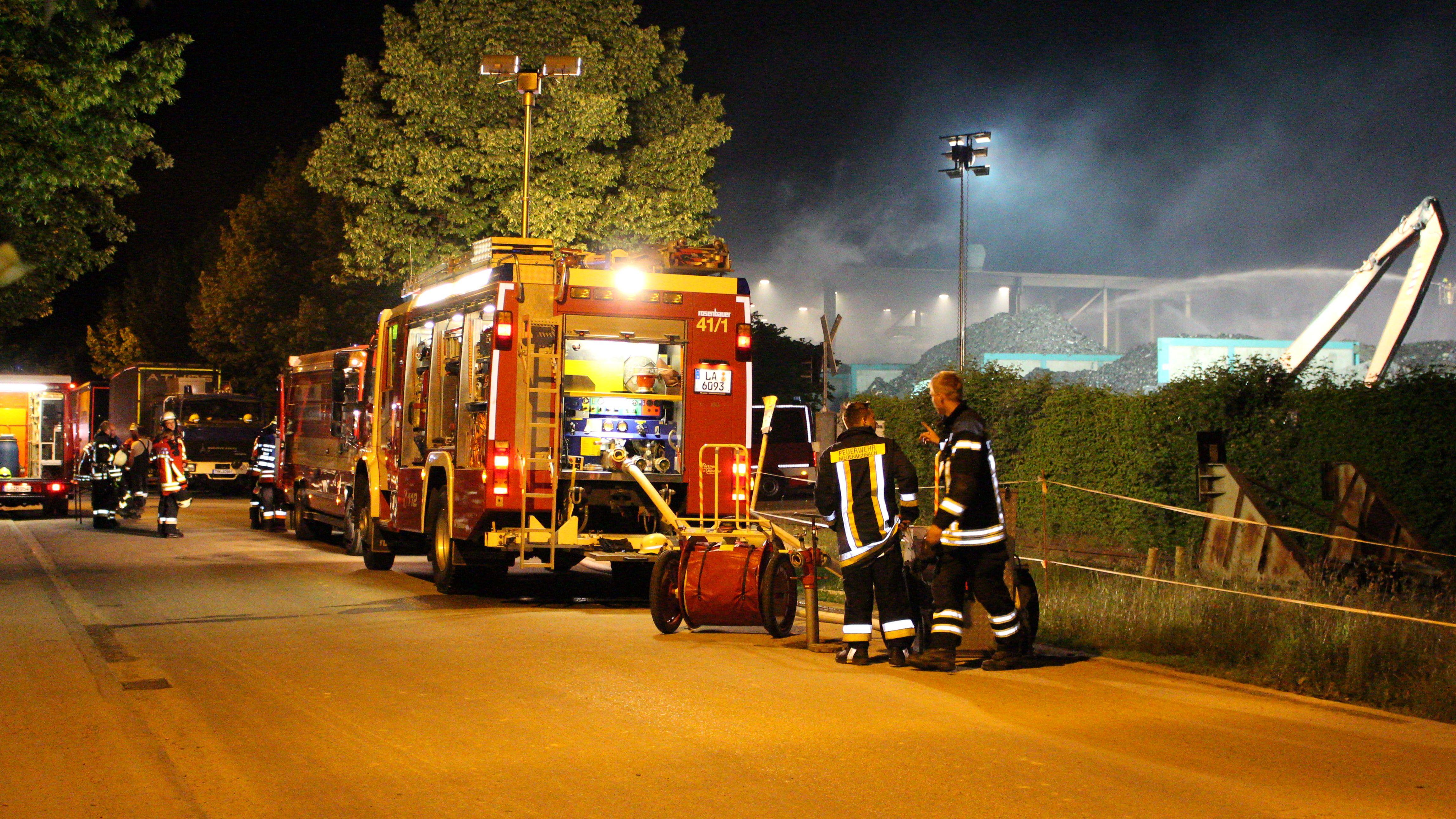 Über 300 Feuerwehrleute waren im Einsatz