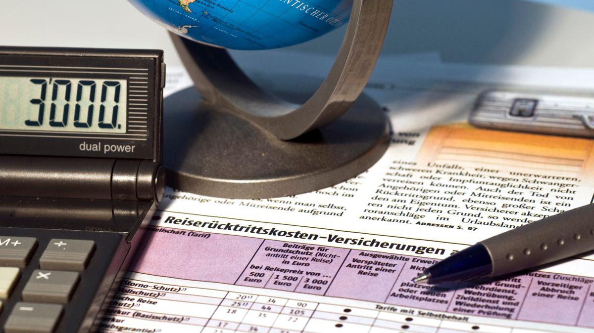 Reiserücktrittsversicherungen: Es lohnt der Blick ins Kleingedruckte.
