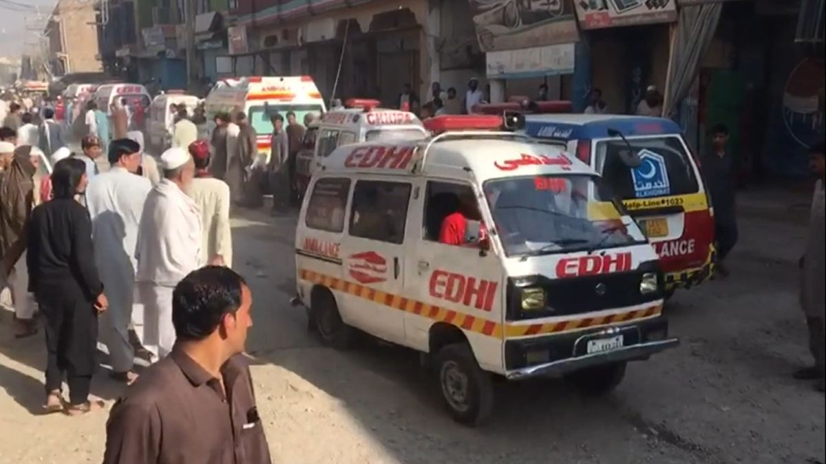 Anschlag auf Koranschule in Pakistan.