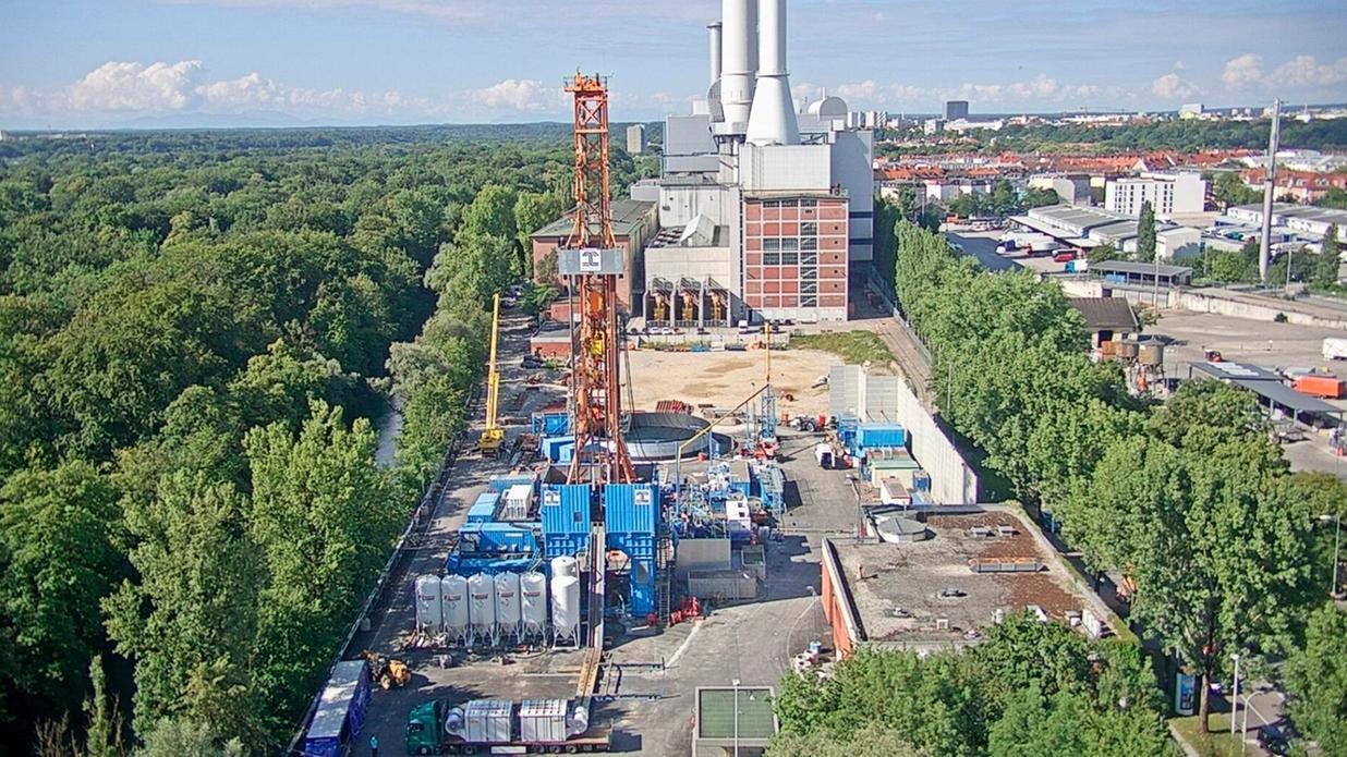 Geothermie-Bohrung beim Heizkraftwerk München-Süd. Hier soll Deutschlands größte Geothermie-Anlage entstehen