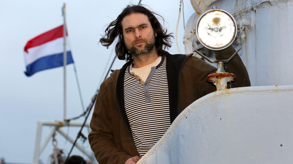 Michael Buschheuer hat den Hilfsverein 2015 mit Segelfreunden in Regensburg gegründet und war auch der erste Vorsitzende von Sea-Eye.