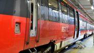 Mutmaßliche Neonazis verprügeln 64-Jährigen im Zug | Bild:dpa Picture-Alliance Bernd Settnik
