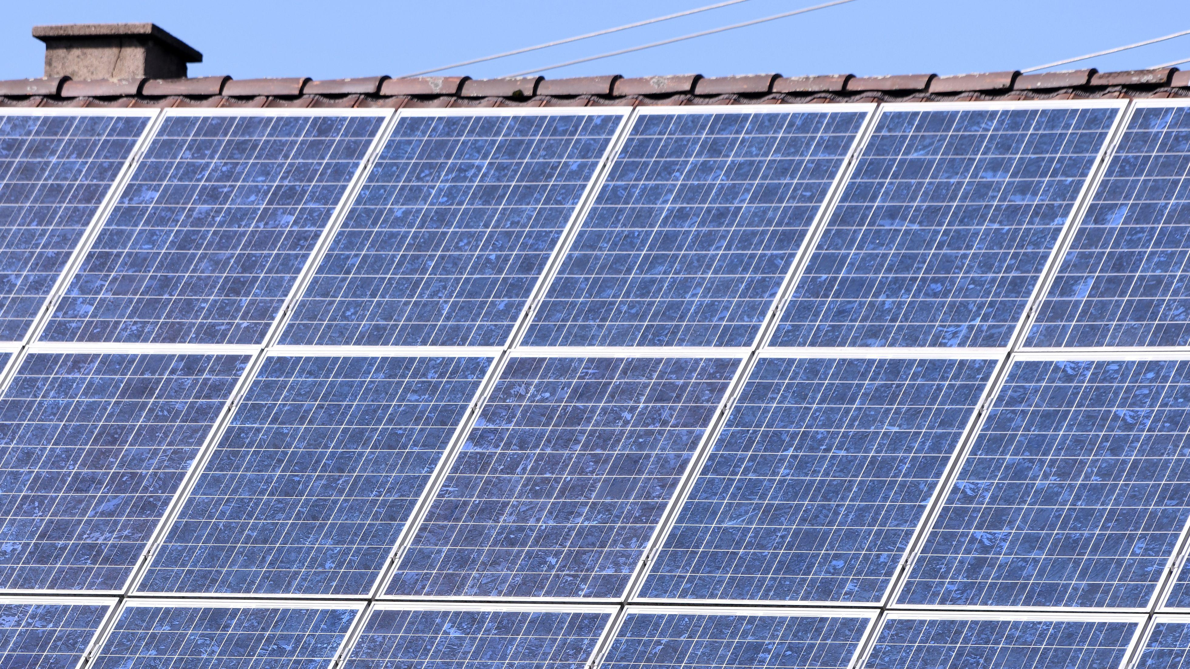 Photovoltaikanlage auf einem Einfamilienhaus.