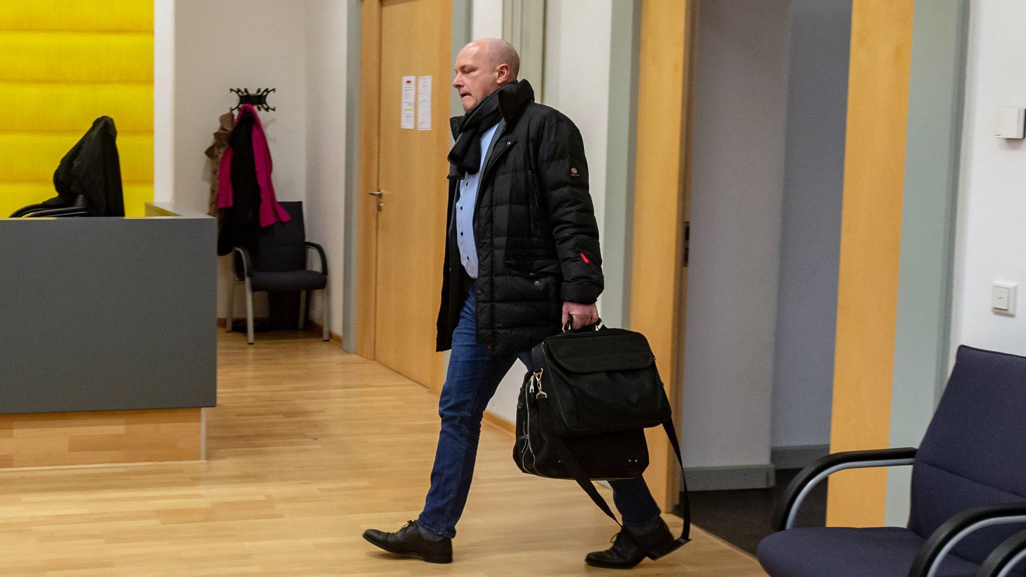 Der suspendierte OB Joachim Wolbergs im Gericht