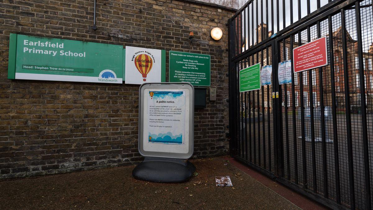 England im Januar 2021: Die geschlossene Earlsfield Primary School in Wandsworth
