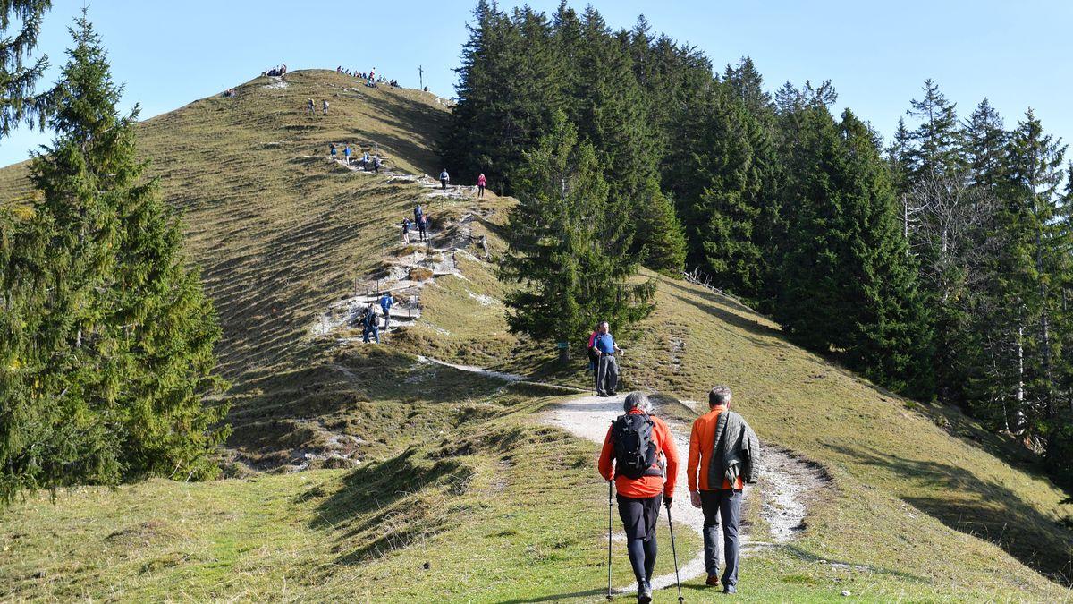 Schönes Wetter lockt viele Menschen in die Berge