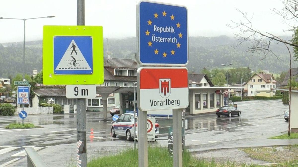 An der Grenze zu Österreich sind angekündigte Lockerungen am Mittwoch (12.05.21) noch nicht in Kraft getreten.