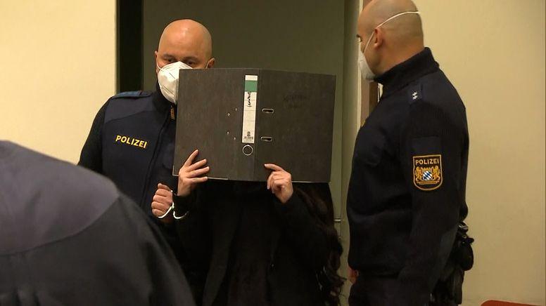 Die IS-Rückkehrerin Jennifer W. muss zehn Jahre in Haft. | Bild:BR