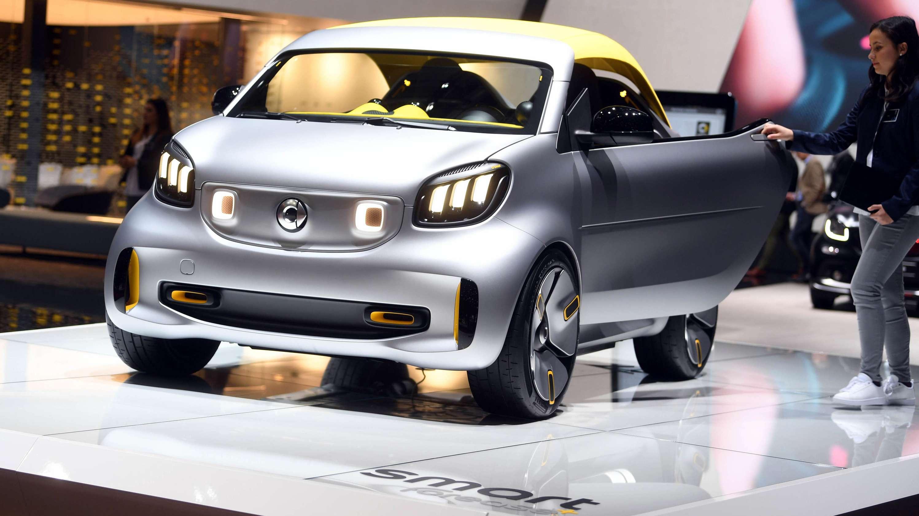 Showcar Smart Forease beim Autosalon in Genf