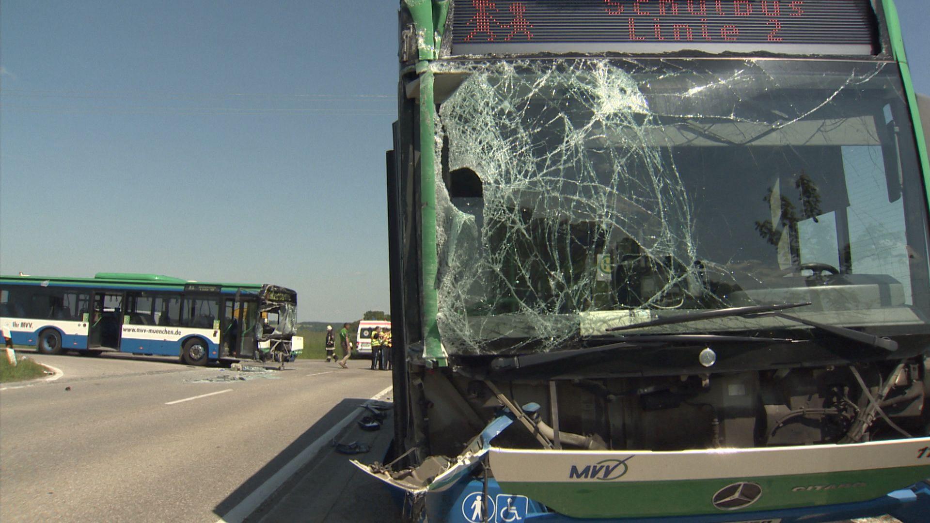 Schulbus-Unfall in Glonn