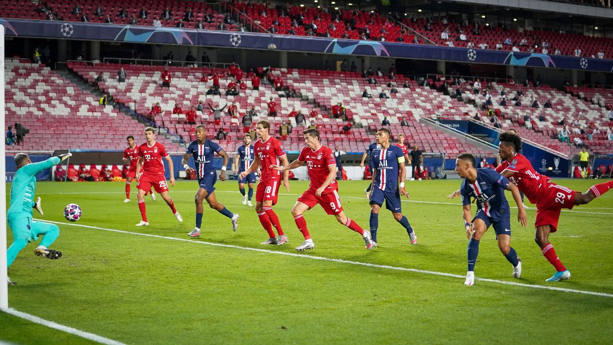 Kingsley Coman köpft in der 59. Minute das 1:0 für den FC Bayern München nach einer Flanke von Joshua Kimmich.