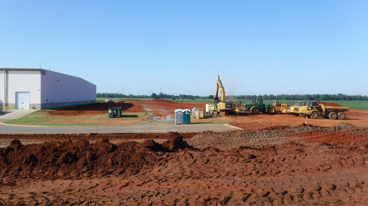 Bauarbeiten bei der Sandler AG für die Erweiterung des Werksgebäudes in Perry, Georgia (USA)