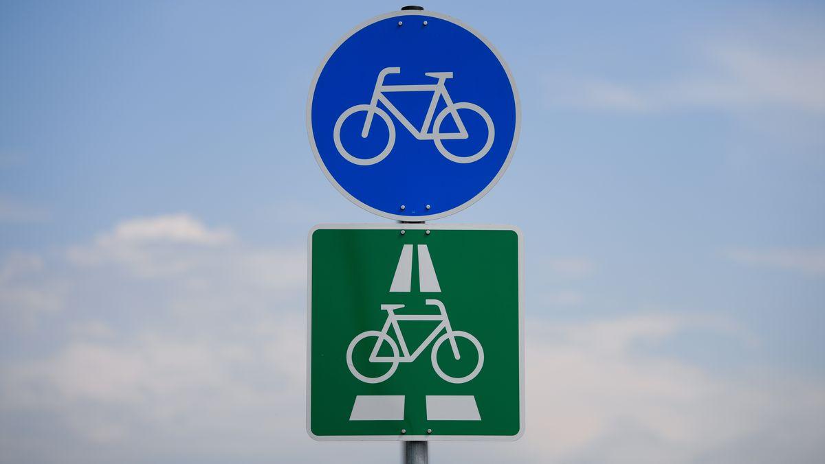 Symbolbild eines Schildes für einen Radl-Schnellweg.