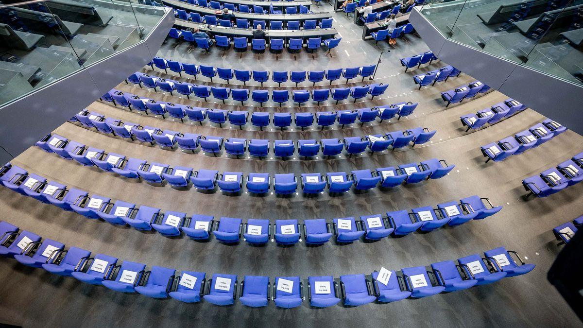 735 Sitze: Warum der Bundestag so groß ist wie nie