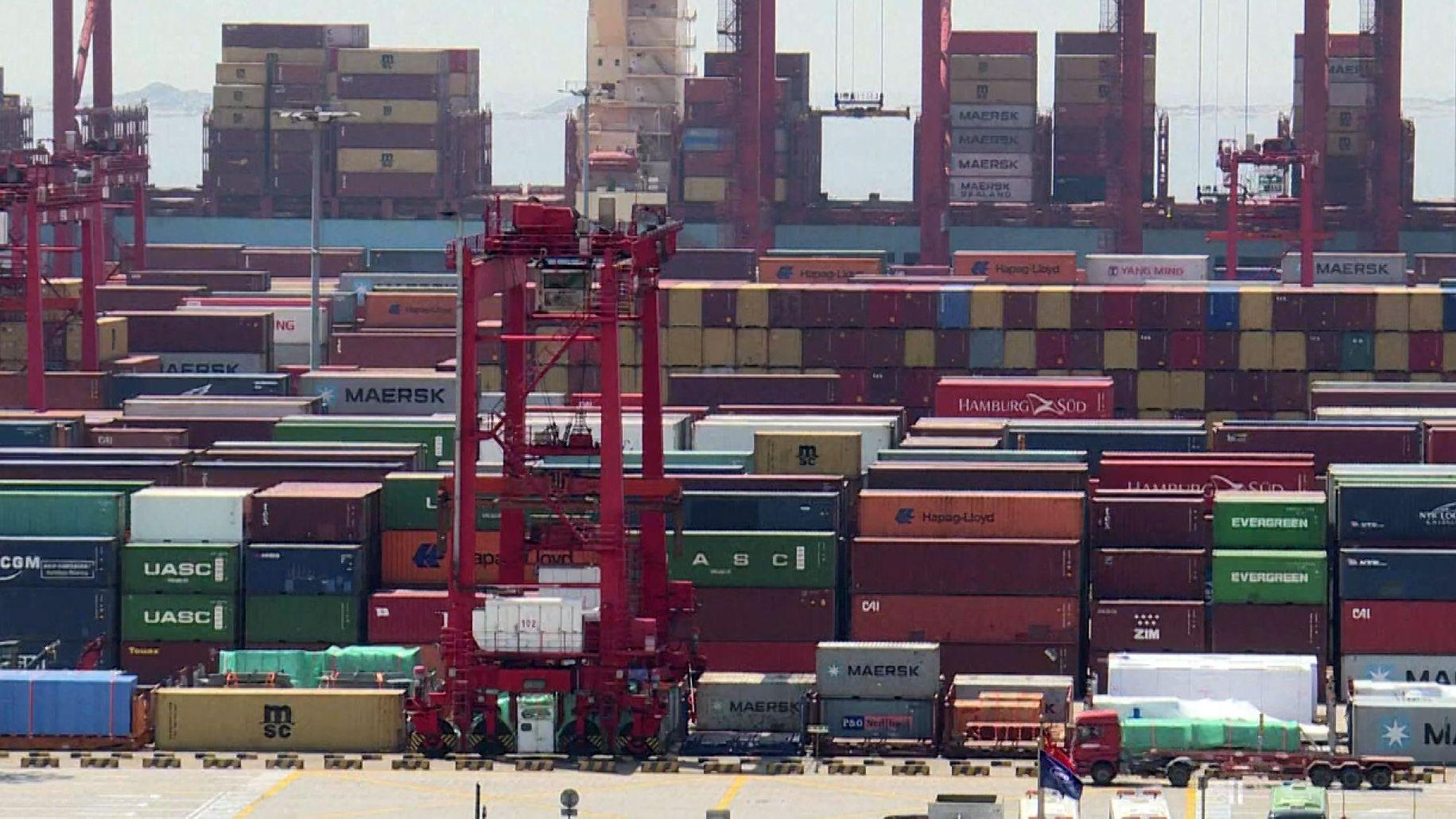 Ein Container-Hafen