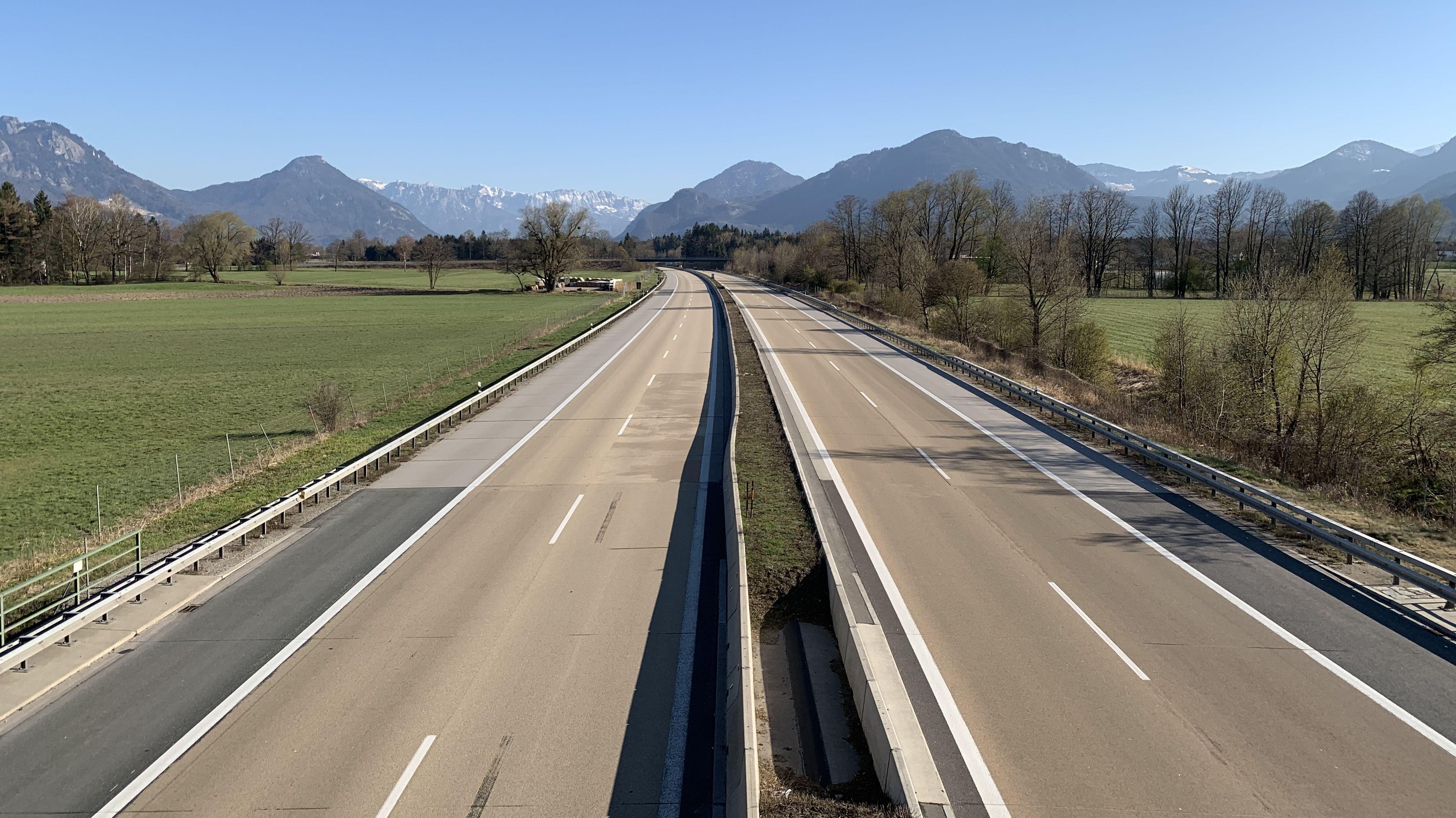 Autofreier Sonntag? Die Inntal-Autobahn A 93 in Richtung Kiefersfelden
