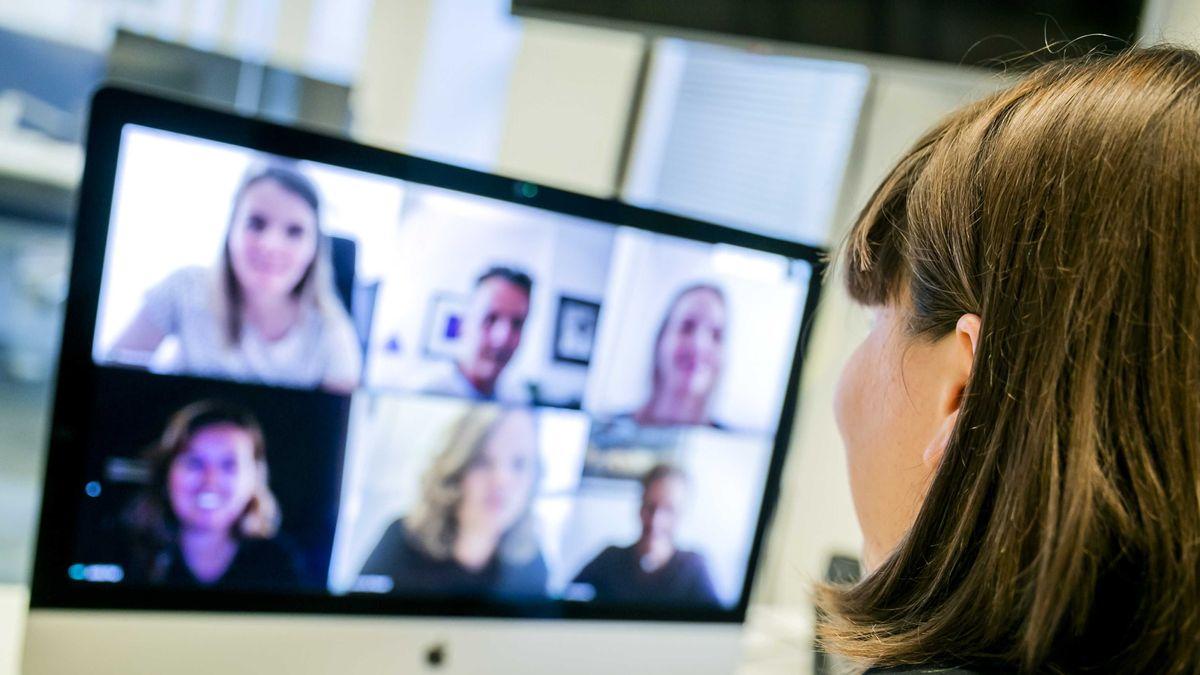 Programme wie Zoom, Skype oder Teams übertragen nicht alle Sprachanteile.