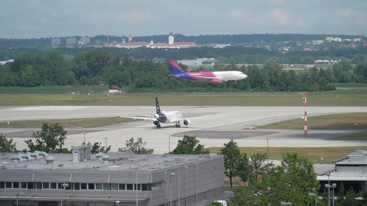 Flugzeuge am Flughafen München.