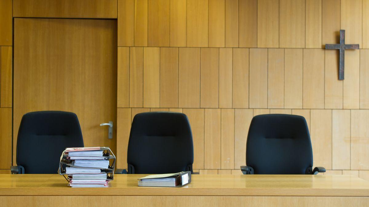Sitzungssaal im Landgericht Traunstein (Symbolbild)