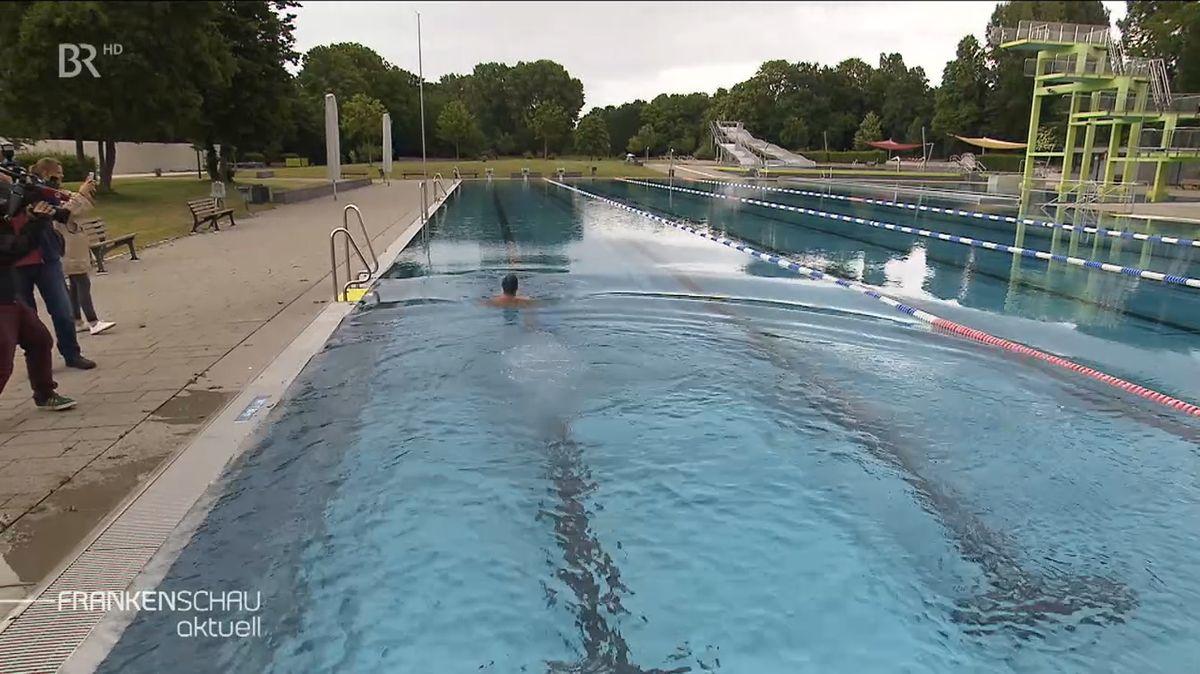 Probeschwimmen im Nürnberger Westbad