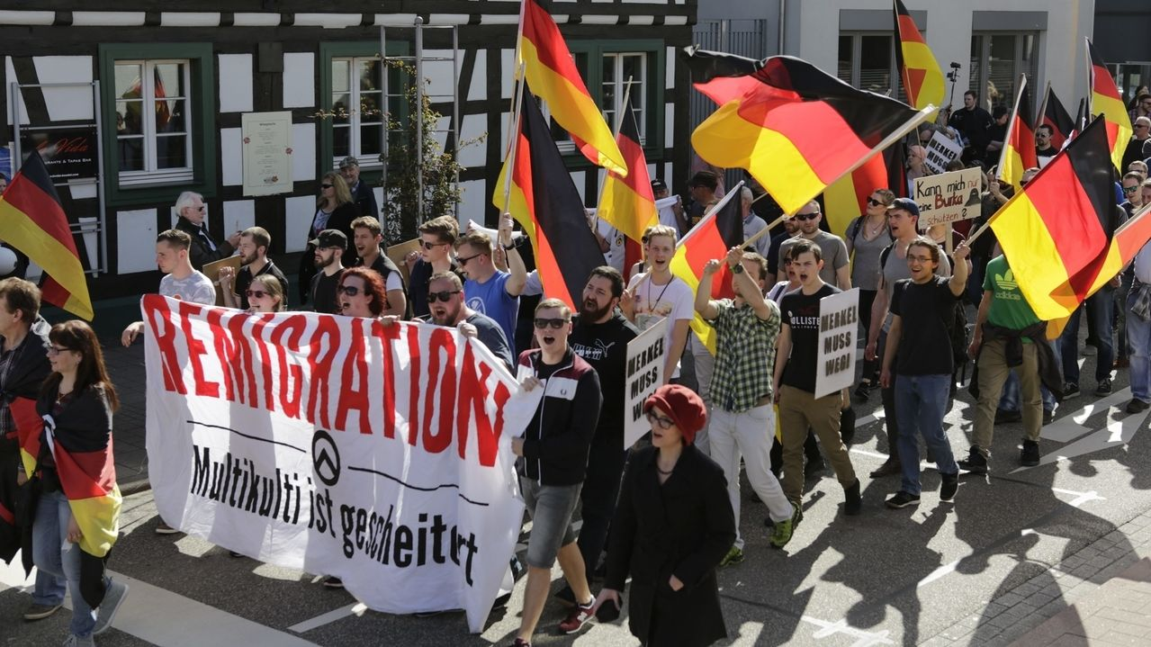 Demonstration von Identitären in Kandel