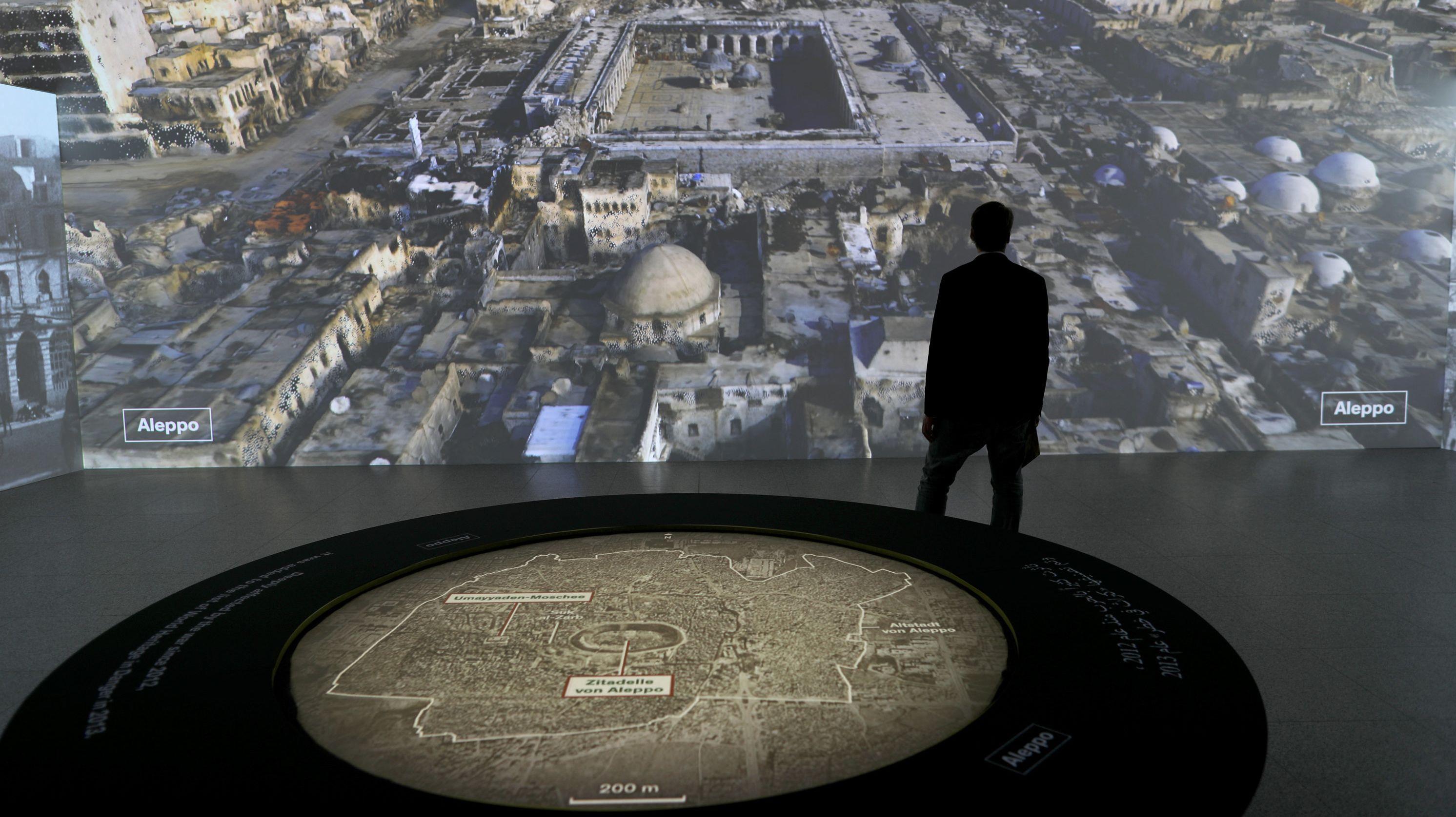 Die Bundeskunsthalle Bonn lässt antike Stätten virtuell wieder erstehen und zeigt so den Blick auf die Umayyaden-Moschee in Aleppo