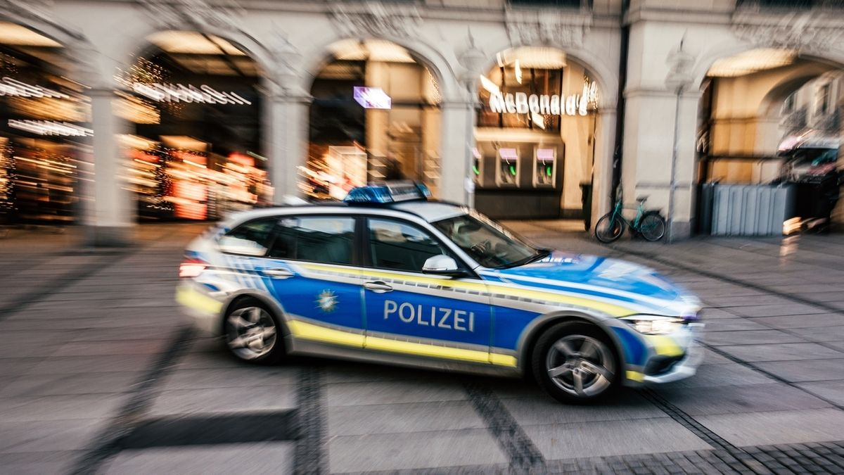 Polizeiauto am Münchner Stachus (Symbolbild)