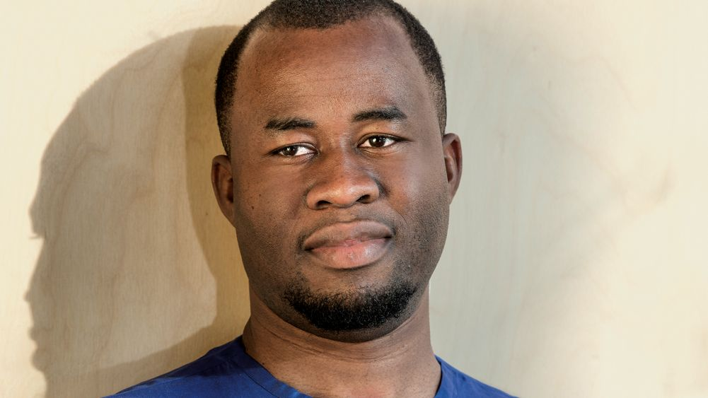 Porträt des nigerianischen Autors Chigozie Obioma