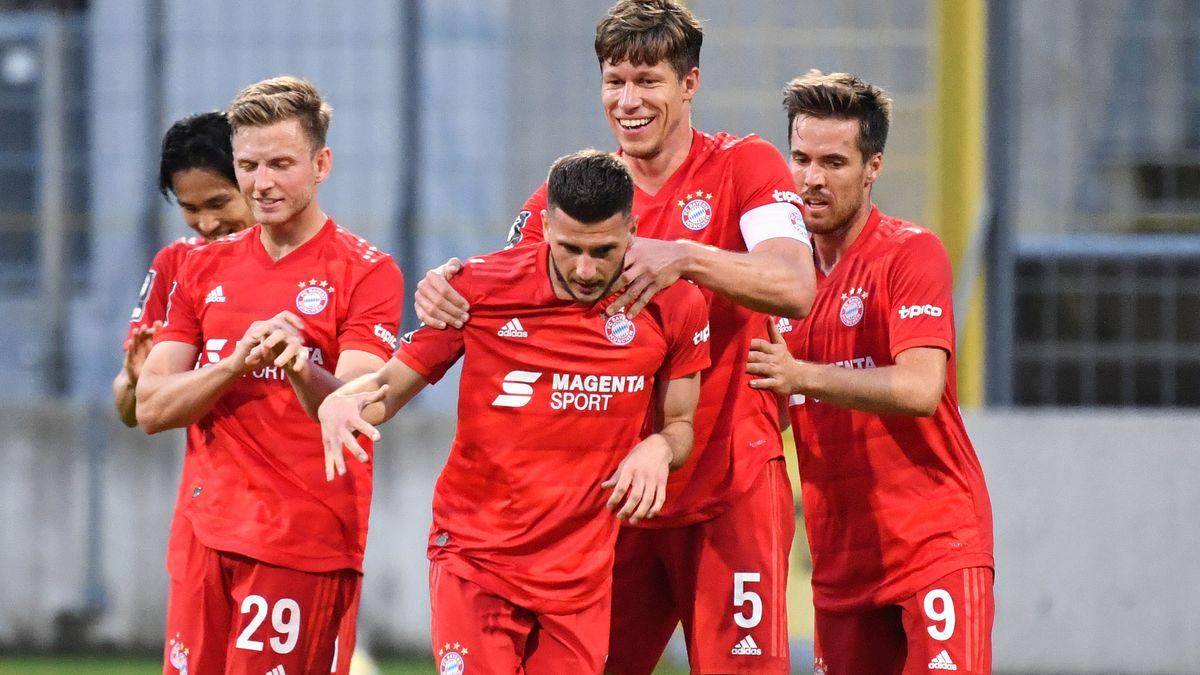 Jubelnde Spieler FC Bayern München II