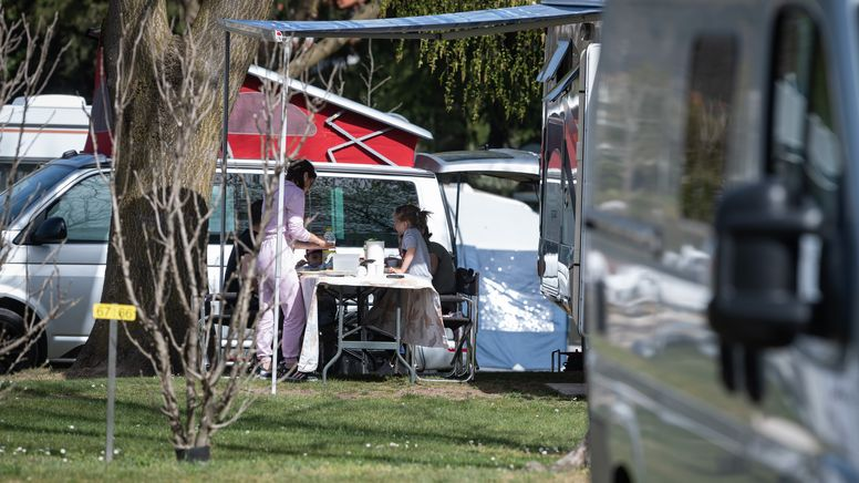 Campingplatz (Symbolbild) | Bild:picture alliance/KEYSTONE | Elia Bianchi