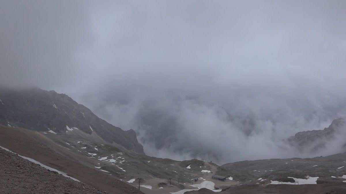 Ungemütliches Wetter auf der Zugspitze
