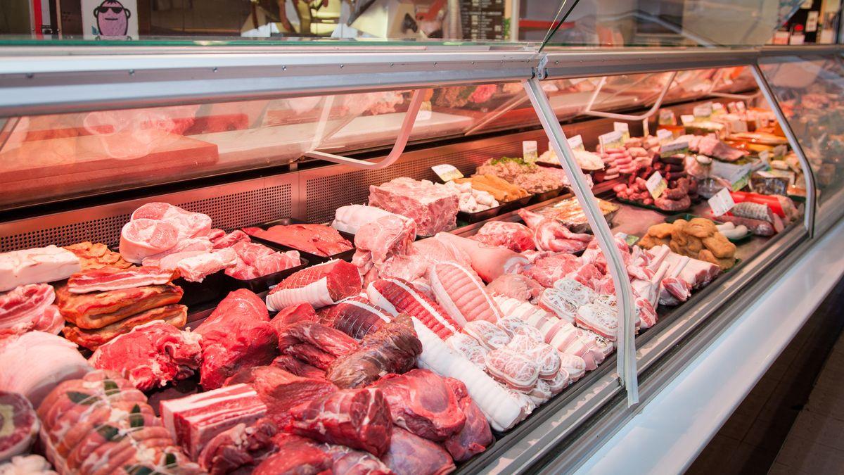 Fleisch in einer Metzgertheke