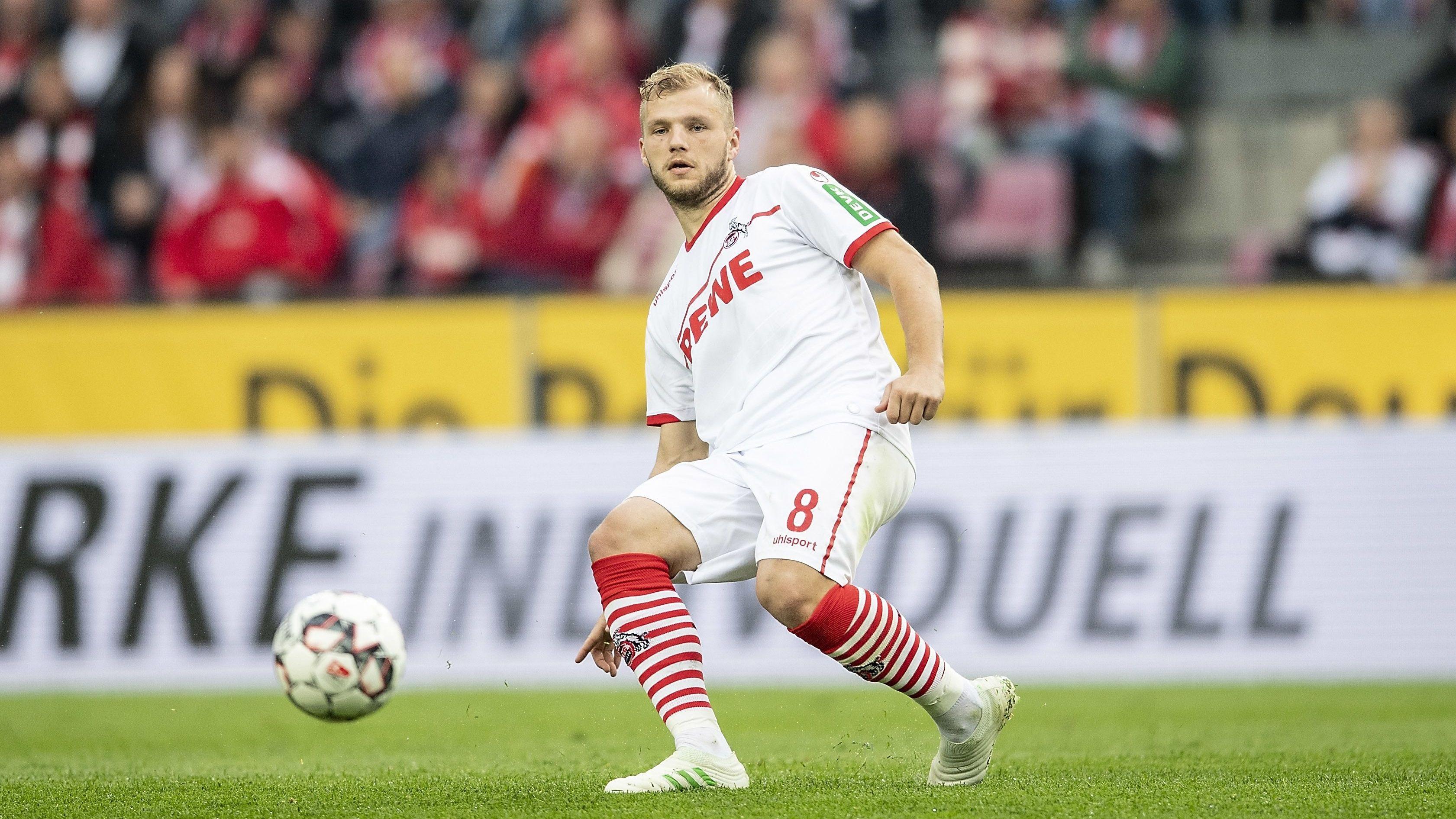 Neuverpflichtung Johannes Geis hat sein erstes Mannschaftstraining beim 1. FCN absolviert.