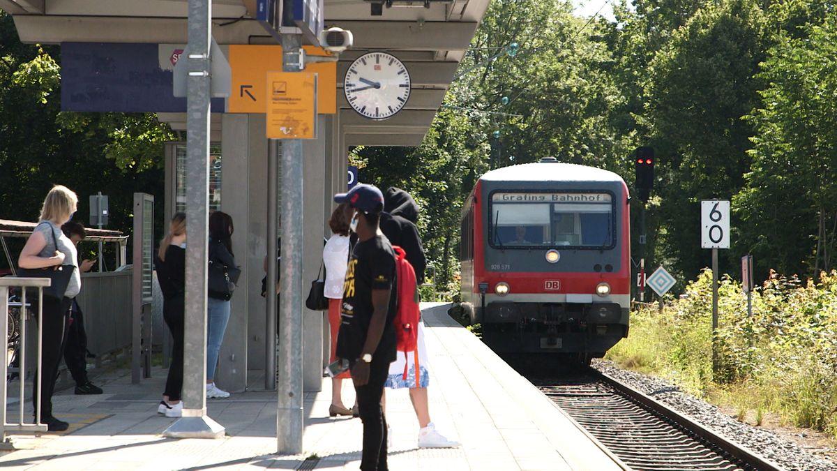 Bayerns Schienennetz bekommt eine Generalüberholung. Die Deutsche Bahn will innerhalb der nächsten zehn Jahre aus,- und neu bauen und umfassend modernisieren.
