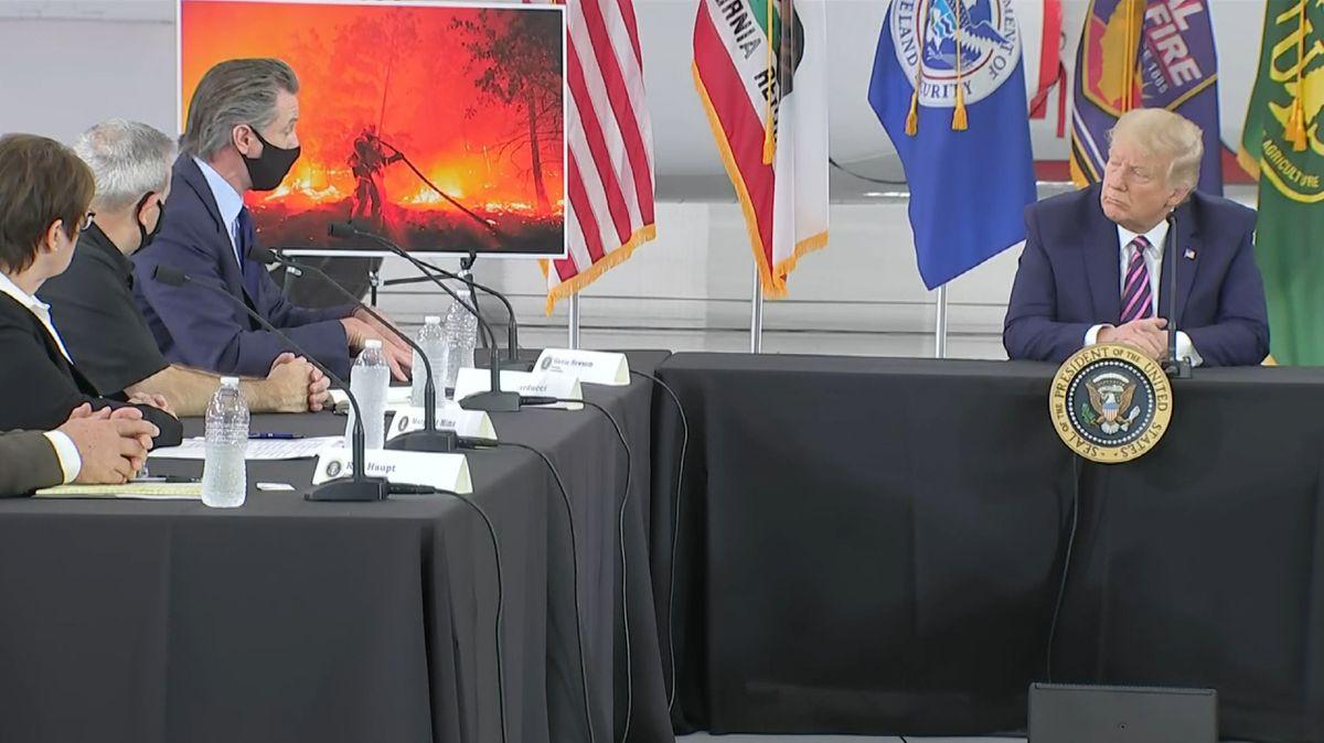 US-Präsident Trump bei einem Krisentreffen zu den Waldbränden