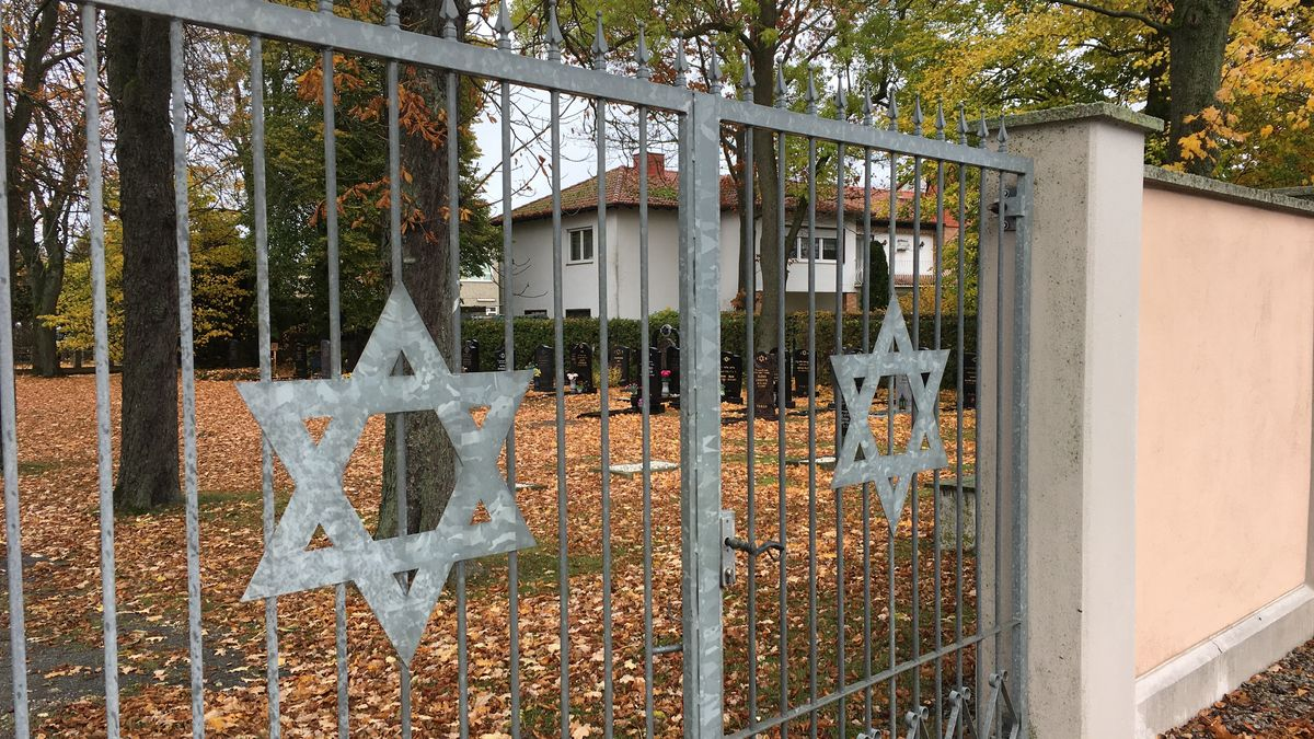 Die Tore des Jüdischen Friedhofs in Hof