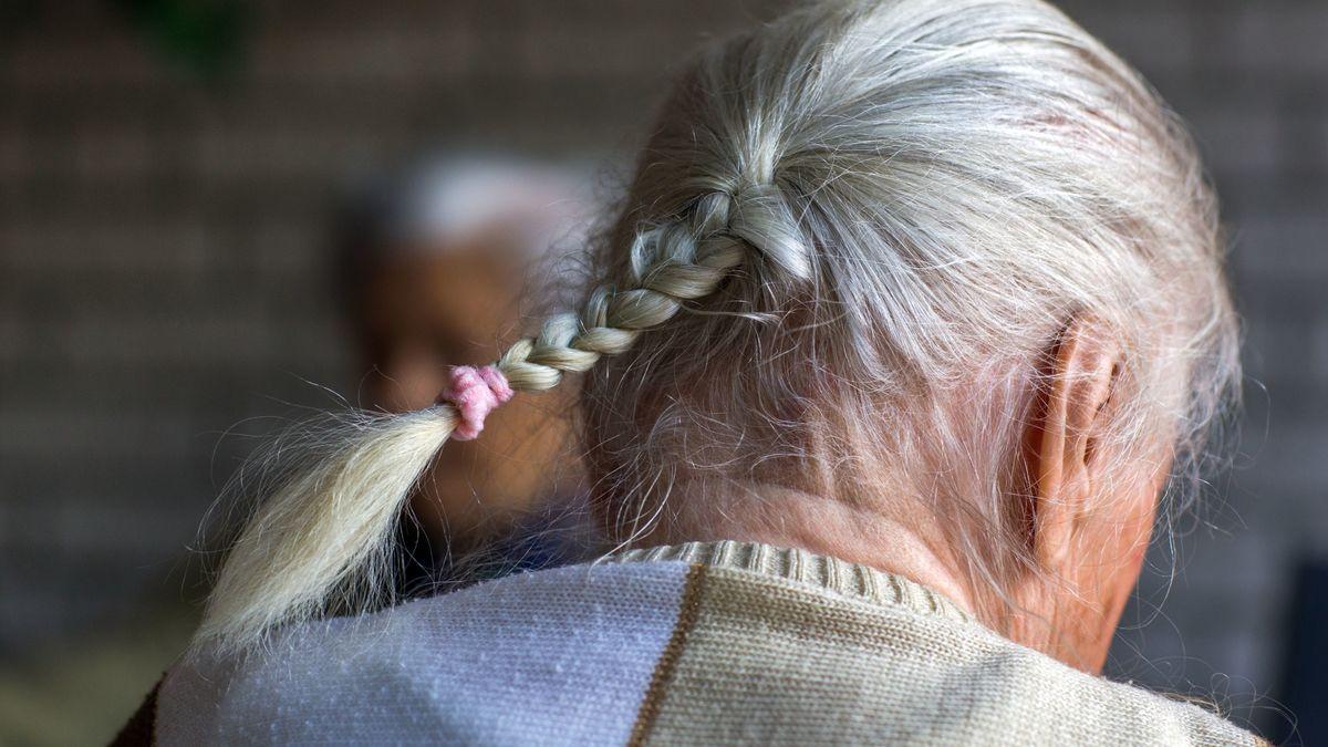 Demenzkranke auf einer Demenstation