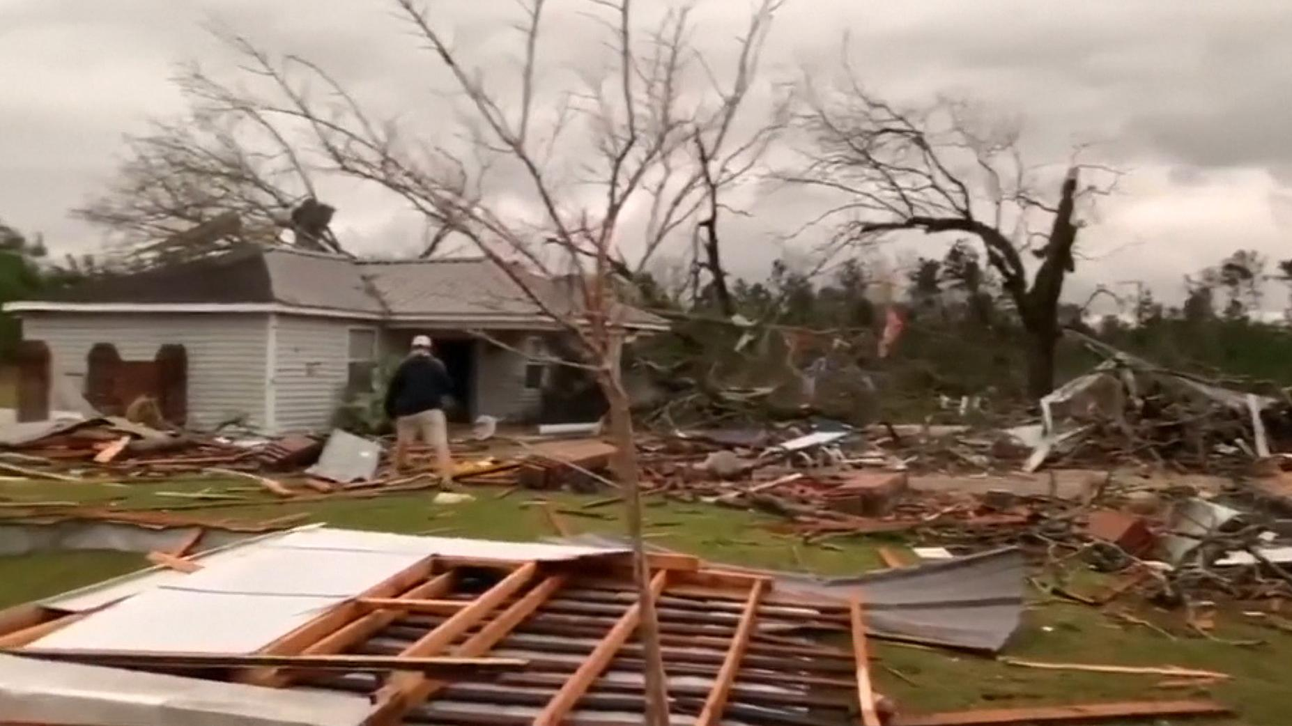 Tornado-Schäden in Beauregard/Alabama