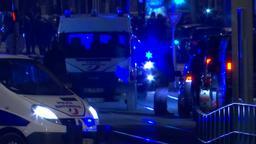 Polizeifahrzeuge bei der Anti-Terror-Operation der französischen Polizei im Straßburger Viertel Neudorf. Dabei wurde der Attentäter von Straßburg Chérif Chekatt erschossen. | Bild:BR