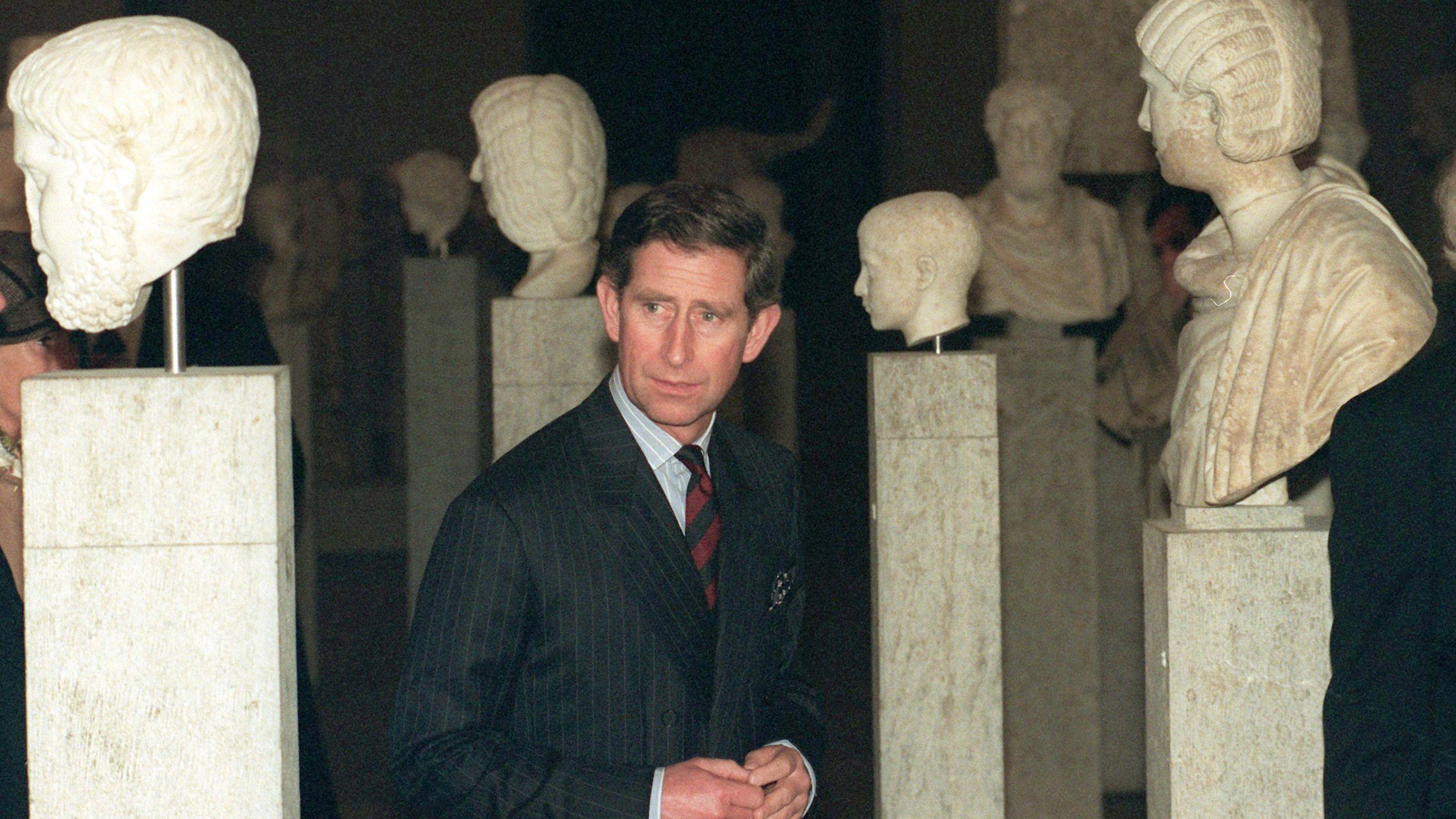 Archivbild: Prinz Charles 1995 in der Münchner Glyptothek