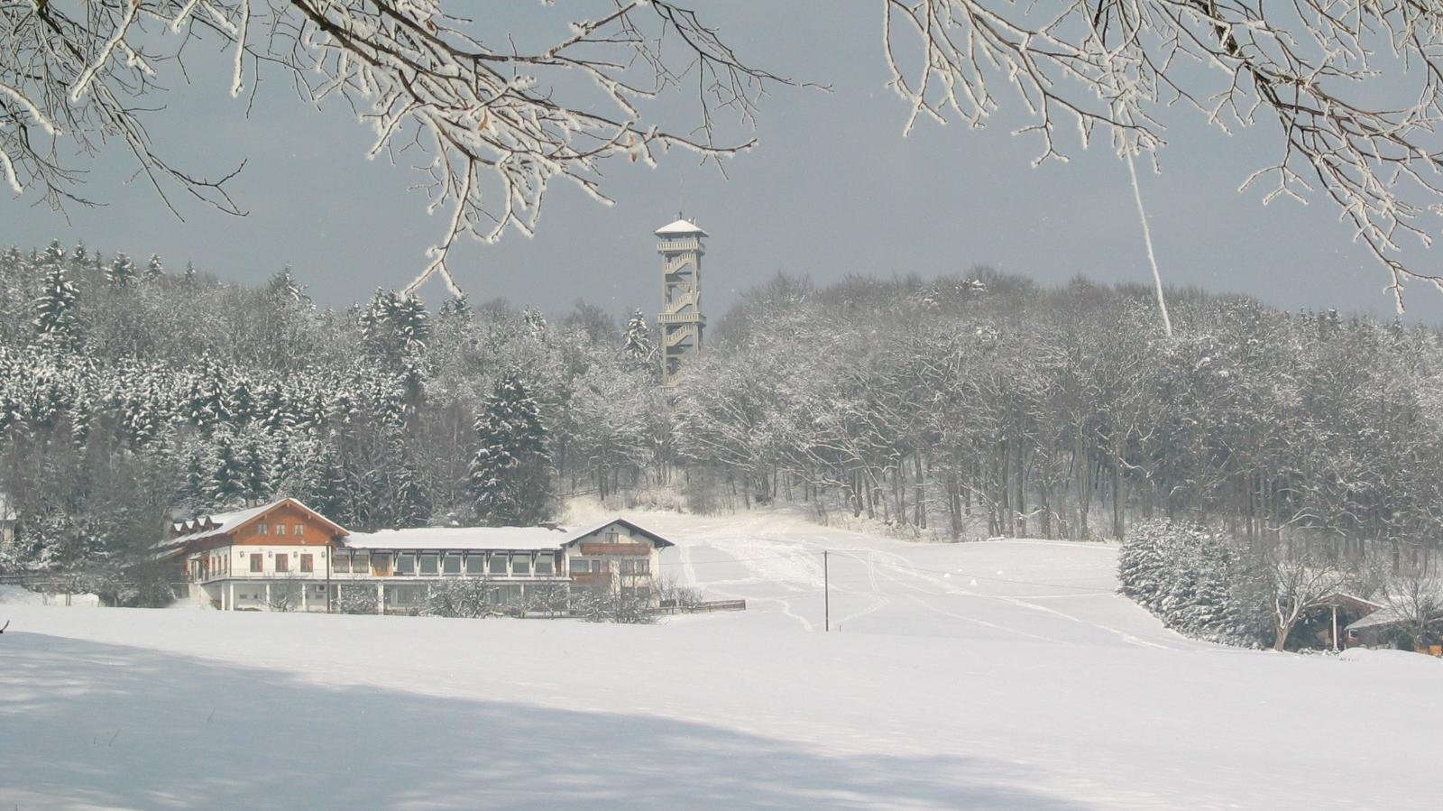 Ebersberger Aussichtsturm im Schnee