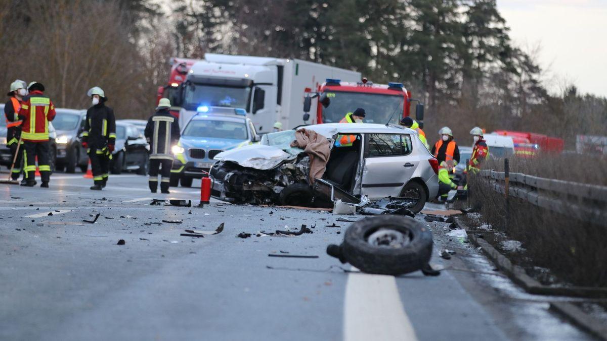 Geisterfahrer-Unfall auf der A6 bei Amberg.