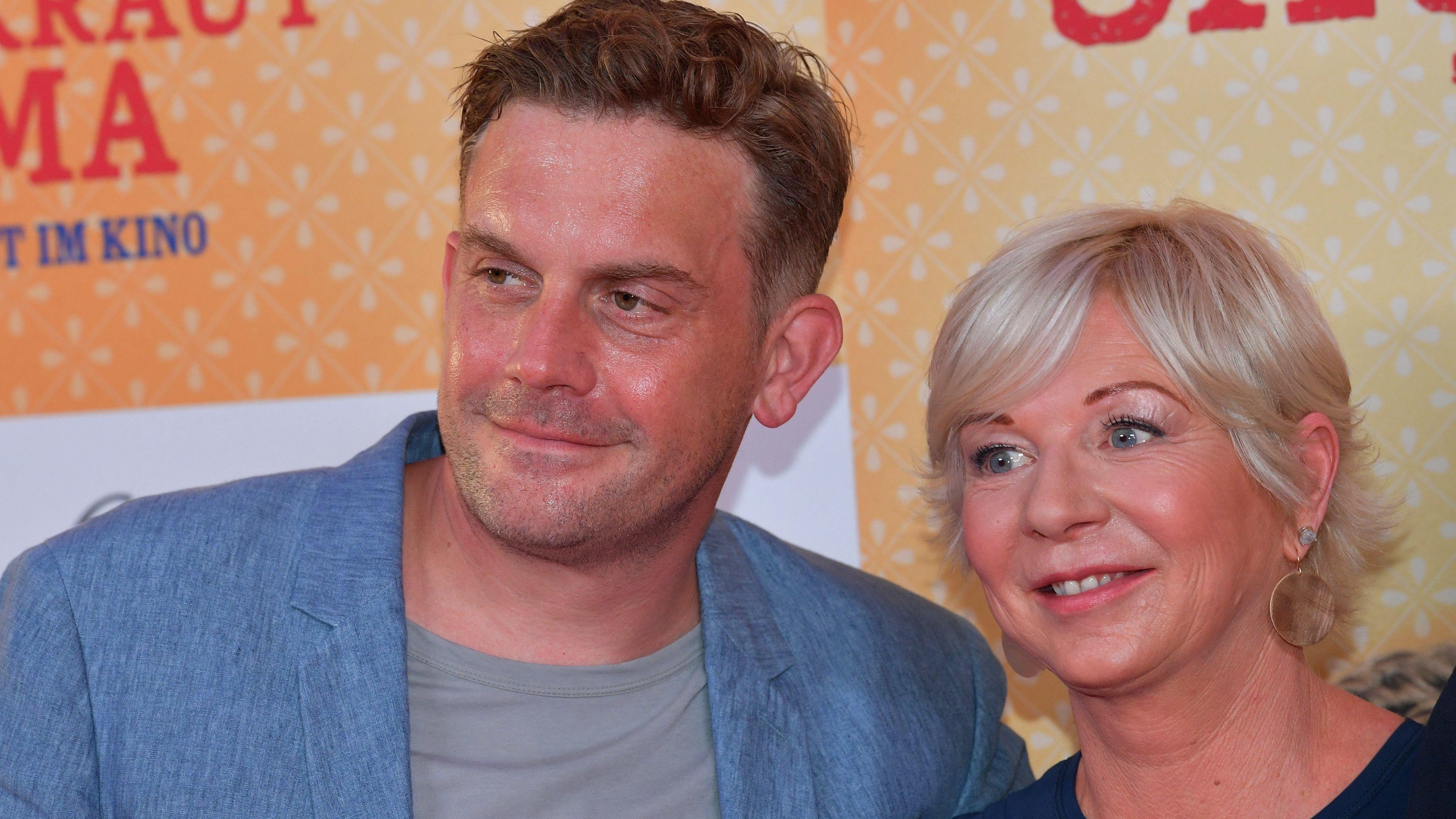 Sebastian Bezzel und Autorin Rita Falk
