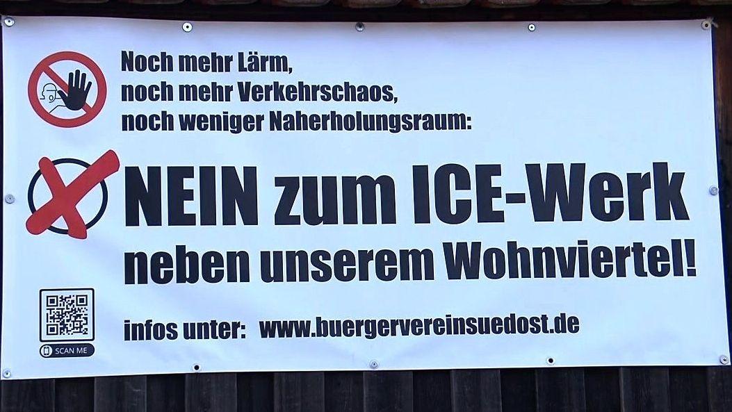 Transparent eines Bürgervereins gegen das geplante ICE-Werk
