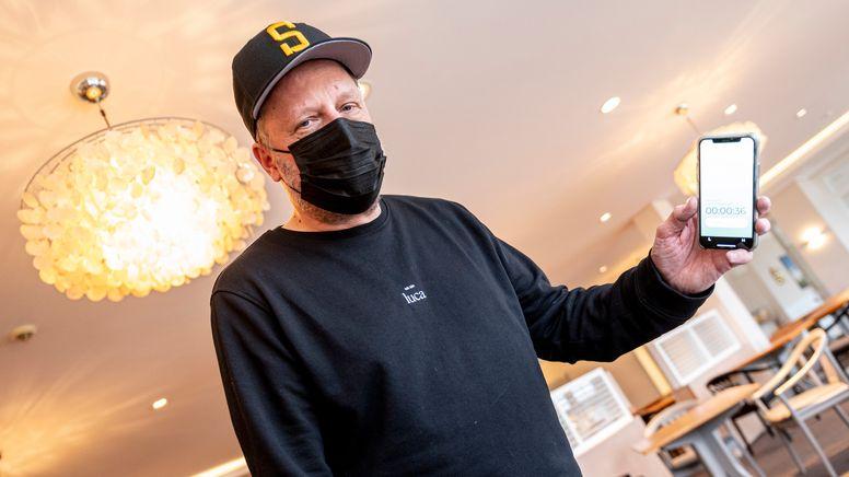 Rapper Smudo macht Werbung für die Luca-App | Bild:picture alliance/dpa | Axel Heimken